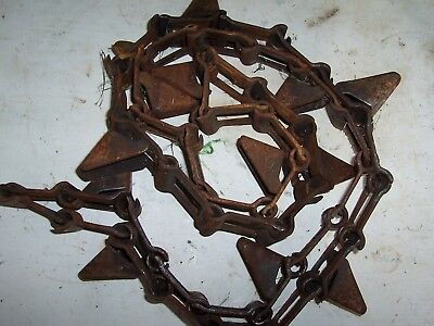 New Idea Corn Picker 324-325 - Used 302320 Out Side Long Gathering Chain