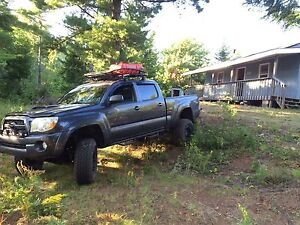 2011 Toyota Tacoma TRD 4x4 - Excellent Condition