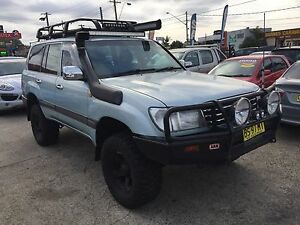 2001 Toyota LandCruiser 100 SERIES AUTOMATIC 4.5L 4D Wagon BLUE Lansvale Liverpool Area Preview