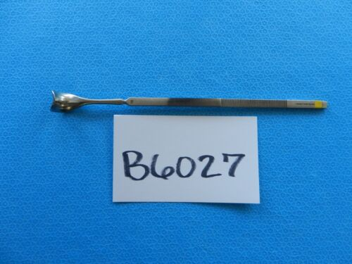 V. Mueller Surgical 19mm Gil-Vernet Retractor GU-8774