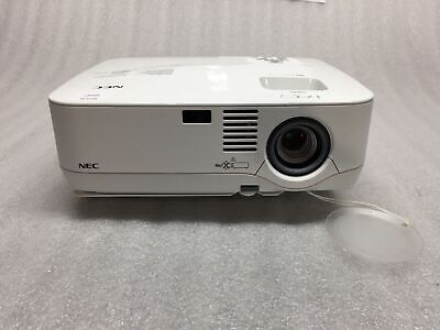 NEC NP510 LCD Projector 3000 ANSI Lumens 1051 Lamp Hours No Remote TESTED