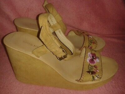 LADIES SIZE 6 WEDGE FLORAL EMBROIDERED SANDALS RIVER ISLAND