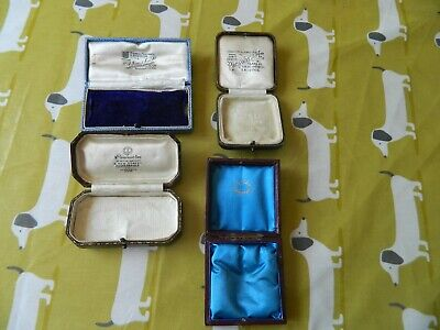 4 VINTAGE JEWELLERY BOX'S ALL HAVE RETAIL NAMES