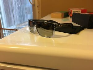 Polarized Oakley Holbrook brand new