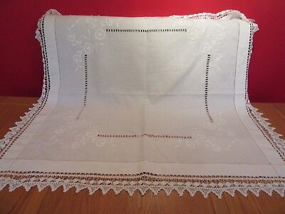 Beautiful  Vintage Wedding  Handmade  Lace White cotton Tablecloth
