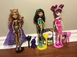 3 Monster High Dolls in Great Condition+Accessories !