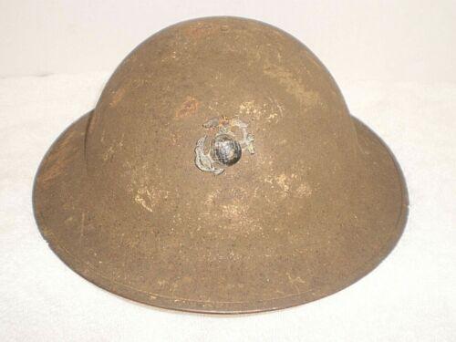 Original U.S. WW1 M17 helmet, ZC40, USMC badge