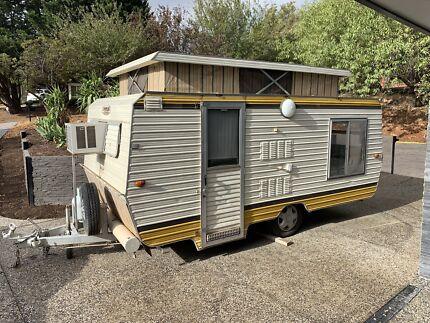1982 17ft Spaceline caravan Happy Valley Morphett Vale Area Preview