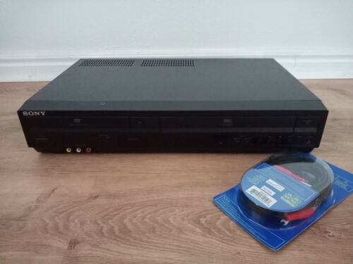 Sony SLV-D380P VCR/DVD COMBO with A/V cables included