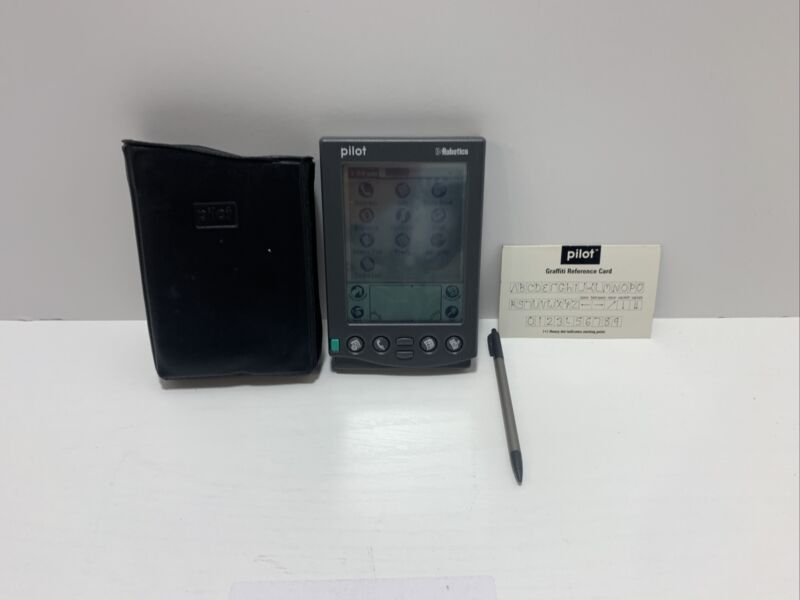 Vintage Palm Pilot 5000 US Robotics PDA with Case - Tested, working