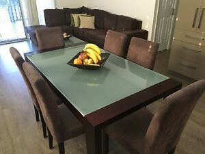 6 seater dining table set Nowra Nowra-Bomaderry Preview