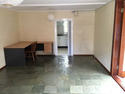 Studio with own bath room and kitchen for rent