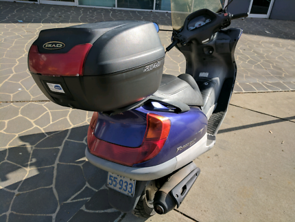 Quick sell (moving interstate) HONDA Foresight 250