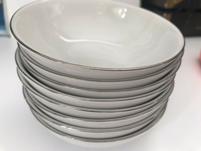 Set Of 8 Vintage Thomas Rosenthal Dessert Fruit Bowls. Platinum Trim. Mint.