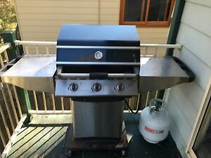 Bbq with stainless solid steel plates Katoomba Blue Mountains Preview