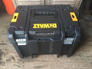 Dewalt Testak vi deep toolbox Gordon Moorabool Area Preview
