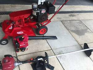 MOWER SLASHER ROWER.BRUSH CUTER HONDA. AND BLOWER HONDA Kingston Logan Area Preview