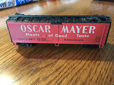 HO - OSCAR MAYER MEATS OF GOOD TASTE OMRX 6871 REEFER CAR - KAYDEE STYLE COUPLR
