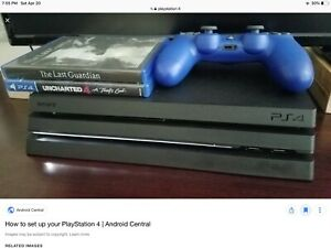 PlayStation 4 same thing comes with blue controller