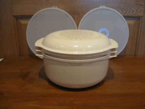 TUPPERWARE 5 pc Tupperwave microwave stack cooker 3qt, 1.75 qt & lid + 2 seals