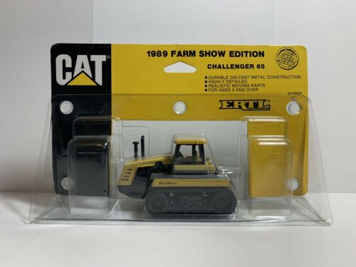 1989 Caterpillar Challenger 65 Farm Show Edition The ERTL Company Toy