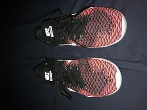 Black and Pink Nike Free TR Flyknit 2