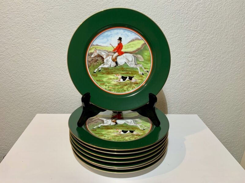 8 Fitz and Floyd Tallyho Equestrian Hunting Scene Plates (Never been used)