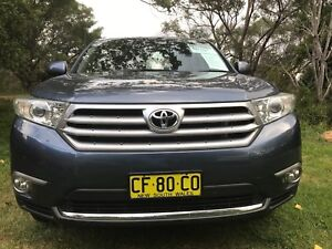 2013 Toyota Kluger for sale 7 seaters (negotiable)