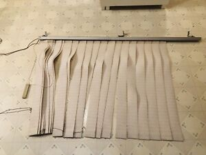 Curtain rod / blinds for double window