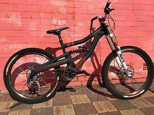 DOWNHILL Dual Suspension Mountain Bike - CRAFTWORKS S1 Medium Collie Collie Area Preview