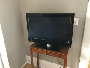 "32"" Philips TV Flat Screen"