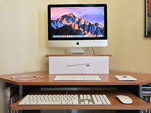 Apple 21.5-inch iMac with Retina 4K display Telarah Maitland Area Preview