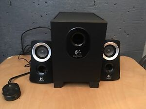Logitech subwoofer with speakers