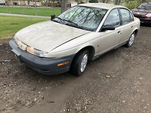 1999 Saturn SL1 , low low km , great condition !!