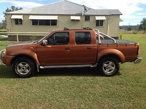 Nissan Navara STR 2004 duel cab 4x4 Mount Alford Ipswich South Preview