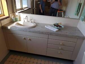 SELLING BATHROOM VANITY WITH GRANITE TOP, MIRROR, SINK AND TAPS ! Edensor Park Fairfield Area Preview