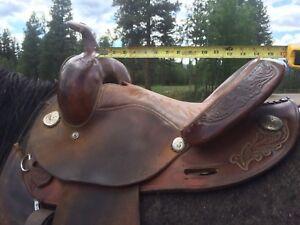 "Circle Y barrel saddle 14"""