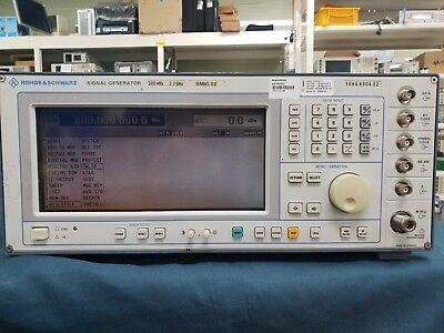 Rohde Shwarz Smiq02 Vector Signal Generator 300 Khz - 2.2 Ghz