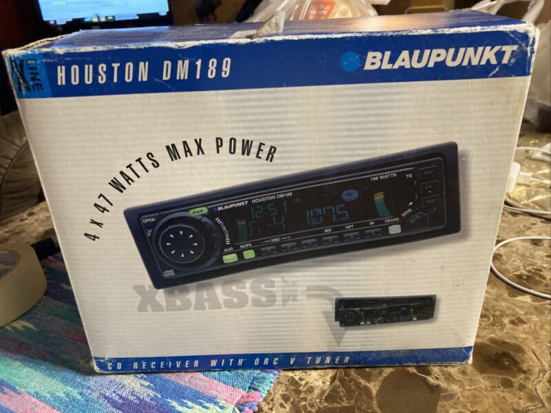 NEW IN BOX VINTAGE BlauPunkt Houston DM189 Car Audio Stereo CD DETACHABLE FACE