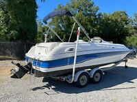 1998 Chaparral 232 Sunesta (ONLY 126 HRS!!!)