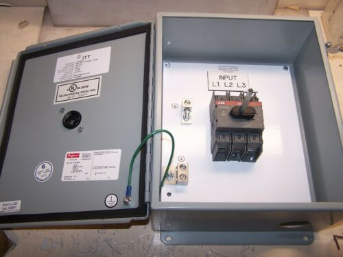 ABB 30 AMP 600 VAC ENCLOSED GENERAL PURPOSE SWITCH OT30F3 HOFFMAN A1210CH