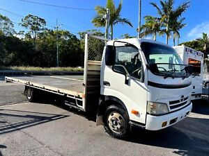 2007 Hino 300 Series - Flat Tray Top Truck - Manual - Car Licence - RWC - 4 Cyl Birkdale Redland Area Preview