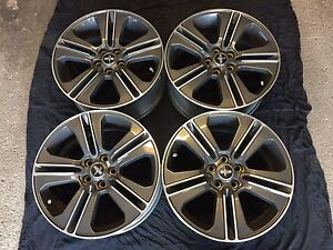 "2013 Ford Mustang GT 19"" OEM Rims Brand New Condition"