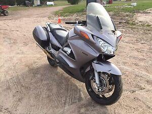 2003 ST 1300A