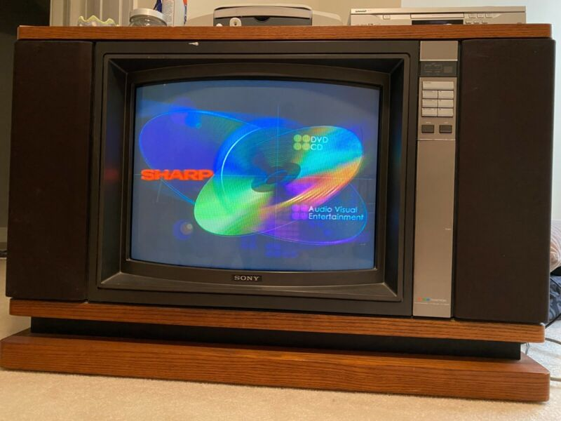 Vintage Sony Trinitron with Wood Cabinet Model KV-2680R
