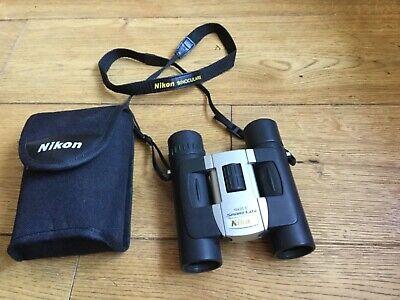 Binocular Nikon black and silver 10 x 25 sport Lite Used with Case