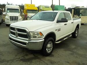 2014 Dodge RAM 2500 SLT Crew Cab Regular Box 4WD with Tonneau Co