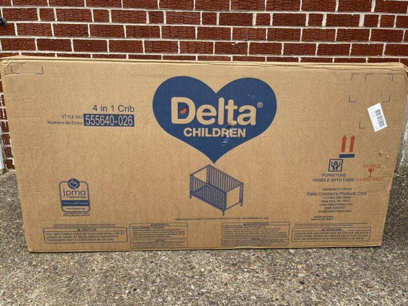 Delta Children Heartland Classic 4-in-1 Convertible Crib+Mattress
