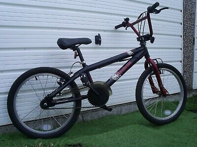 """BOYS HALFORDS BMX BIKE EXCELLENT COND. SELDOM USED 20"""" WHEELS SUIT 7 - 10 YRS"""
