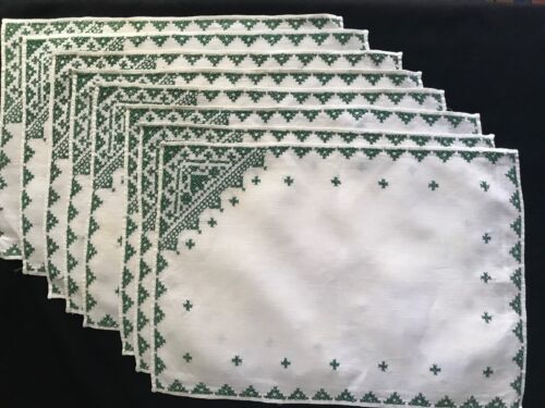 """Vintage Eight Wht Linen Placemats Green Cross Stitch Embroidery 15 1/2"""" x 11"""""""
